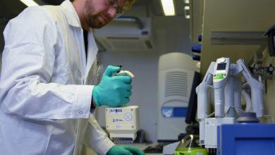Photo of Coronavirus Vaccine: 1st person in US gets experimental coronavirus vaccine